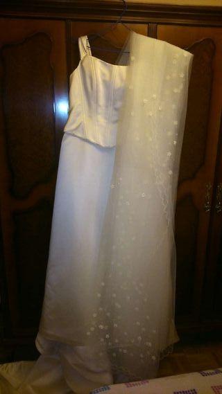 Vestido de novia y complementos