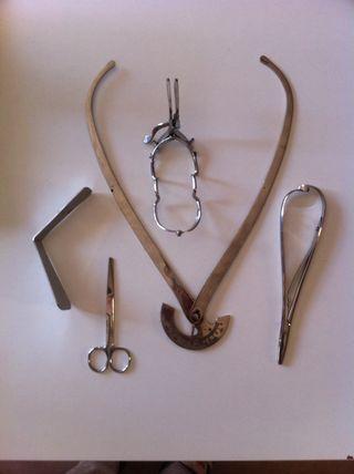 Material Antiguo De Hospital