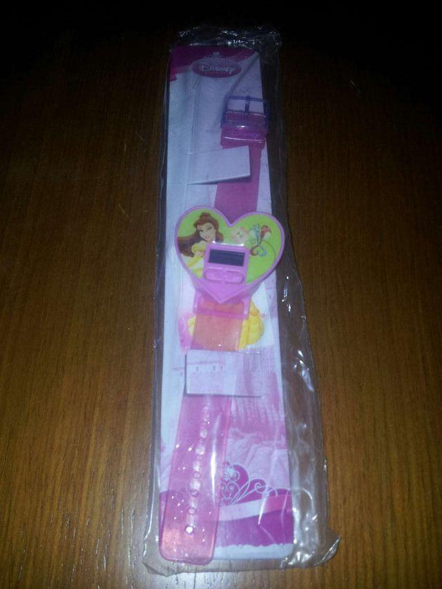 Tres relojes oficiales Disney de princesas
