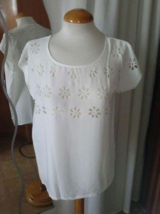 Camiseta blanca NUEVA talla S - M