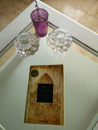 """Libro """"Los Pilares de la Tierra"""", Ken Follet"""