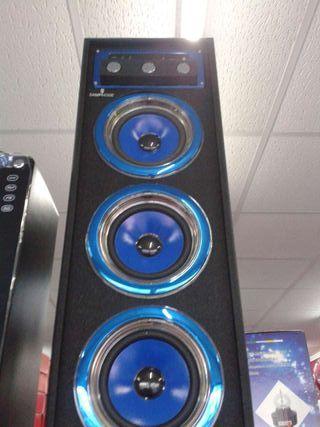 Torre altavoz gran sonido