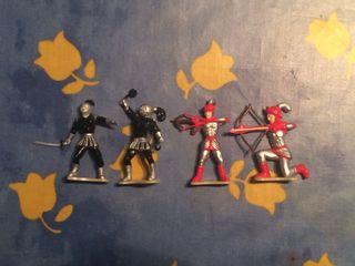 Muñecos Soldados Medievales