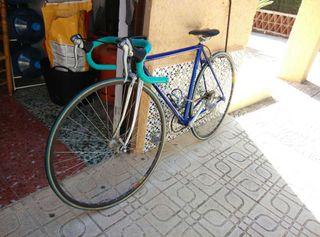Bicicleta carretera biondi