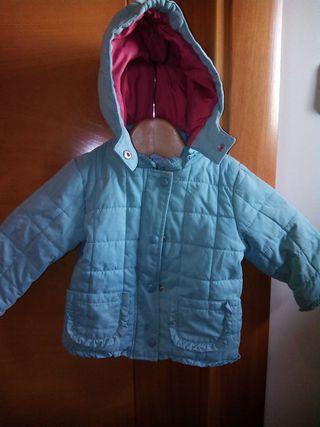 Abrigo de niña talla 9 meses
