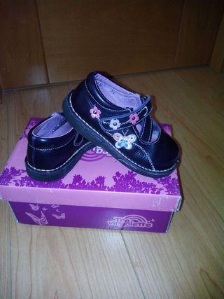 Zapato niña talla 24