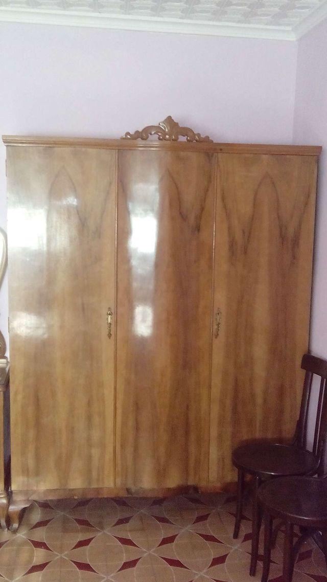 Muebles antiguos para restaurar urge vender de segunda for Vendo muebles antiguos para restaurar