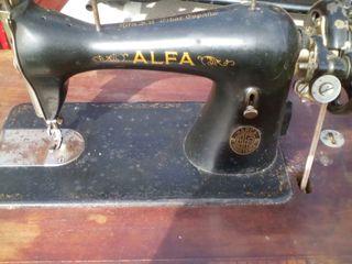 OFERTA! Ultimos dias!Maquina de coser vintage.