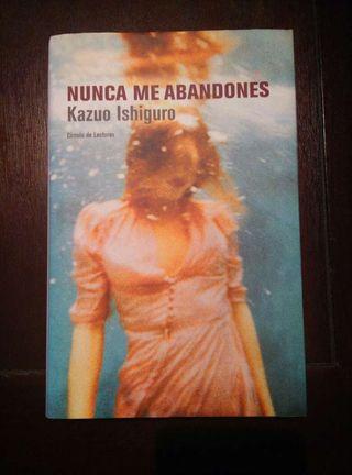 """Libro """"Nunca me abandones"""" de Kazuo Ishiguro"""