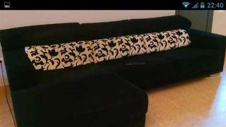 Se tapiza toda clase de muebles a mitad de precio.