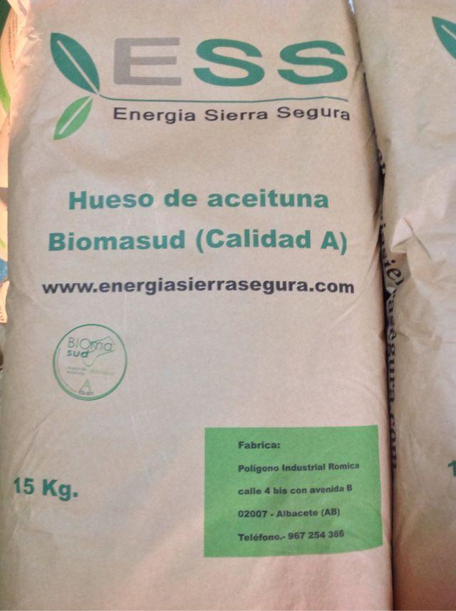 Pellet hueso aceituna biomasa caldera estufa domusa lasian - Caldera pellets segunda mano ...