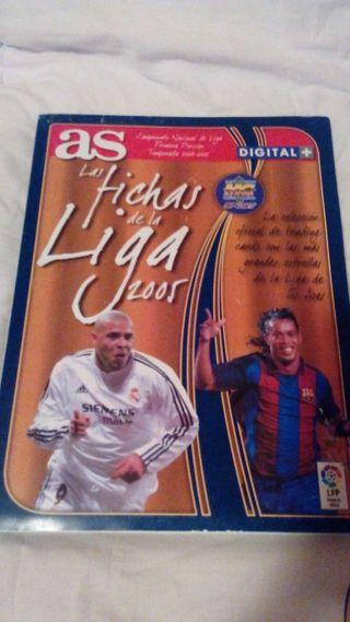 Album Mundicromo Las Fichas de la Liga 2005 con 120 cards