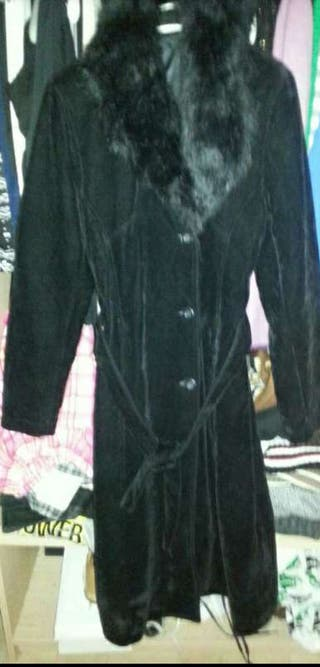 Abrigo poco uso talla S