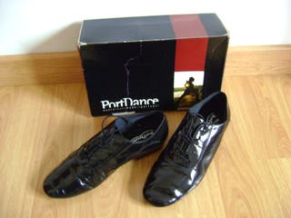 BLACK PATENT SHOES 43