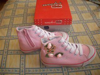 Zapatillas deportivas de niña NUEVAS
