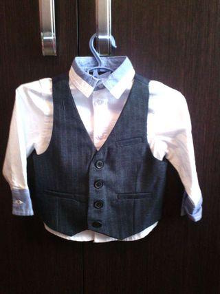 Conjunto camisa con chaquetilla 9-12m