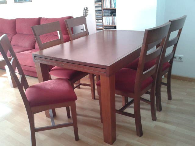 Mesa comedor cerezo madera maciza + 6 sillas de segunda mano por 340 ...