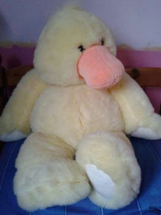 #ASAP LARGE CUDDLY CUTE YELLOW DUCK