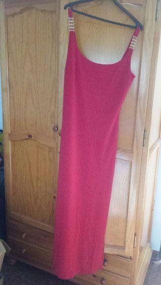 Vestido de noche/fiesta rojo pasión.