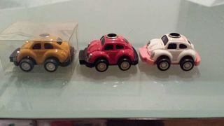 Coches modelo volkswagen escarabajo.