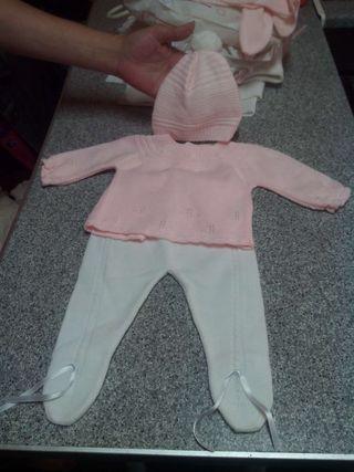 Traje de recién nacida