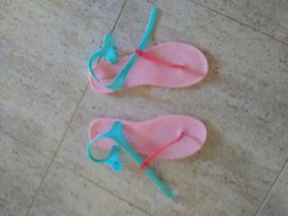 Zapatillas chanclas talla 38 .39
