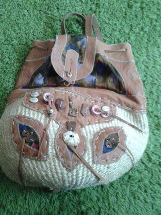 Mochila artesanal de Kenia