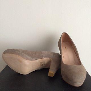 Zapatos NUEVOS de ante beige