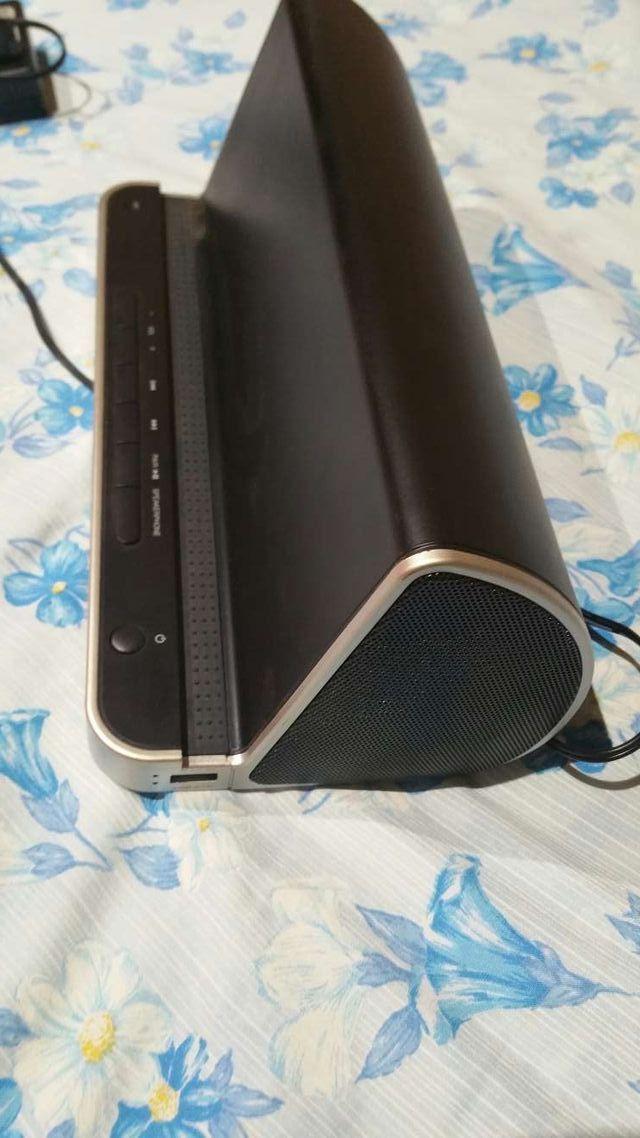 Base para tableta Bluetooth Vieta NO INCLUYE LA TABLET, solo hoy