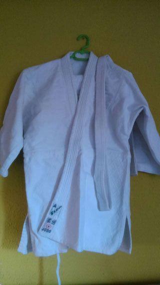 Traje de judo . Talla M. Marca Katsura