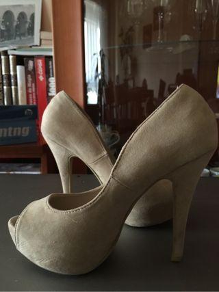 "Zapatos Tacon ""Tino Gonzalez"""