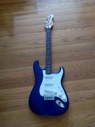 Guitarra eléctrica y amplificador