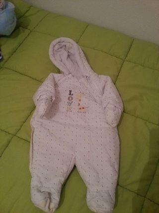 Buzo bebe.talla 0-3