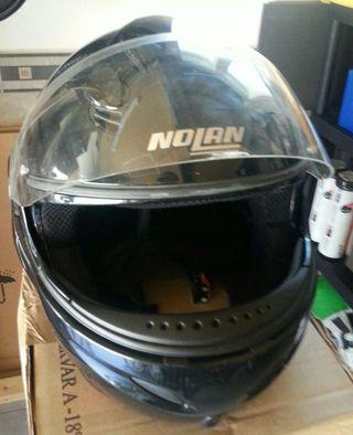 Casco moto Nolan con mochila