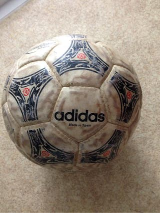 Balon Futbol Adidas Questra
