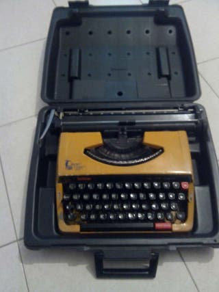 Maquina escribir brother