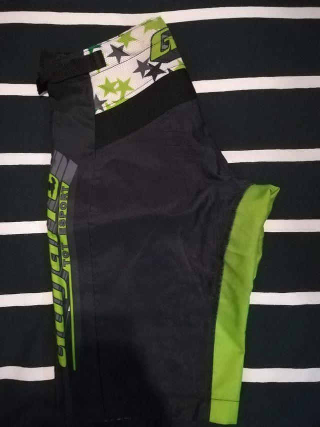 Pantalon para enduro o descenso