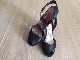 Zapato Fiesta Negro