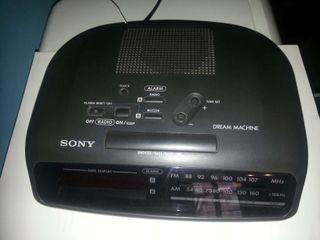 Radio despertador Sony ICF-C360