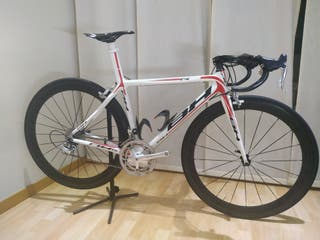 Bici Bh g5 carbono.