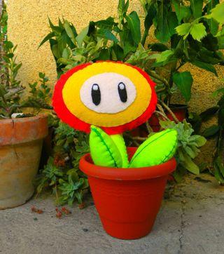 Peluche Flor de Fuego Mario