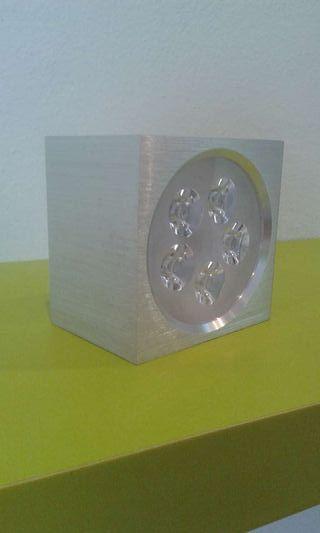 Aplique cuadrado superficie led 5x1w