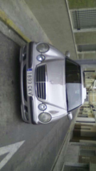 Mercedes 220 dti