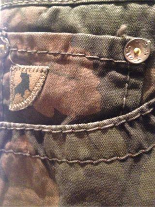 Falda Vaquera mini LOIS Estampado militar