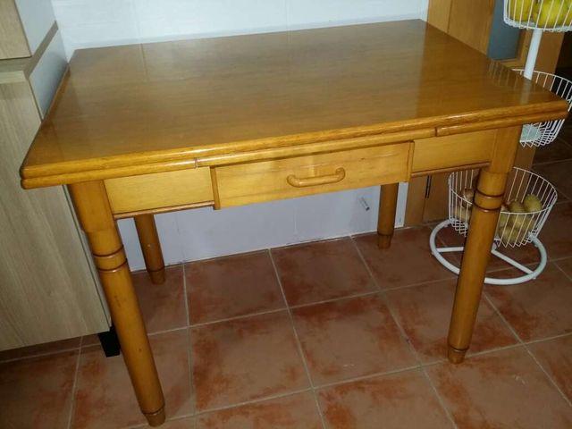 Mesa cocina de segunda mano por 70 € en Terramelar en WALLAPOP