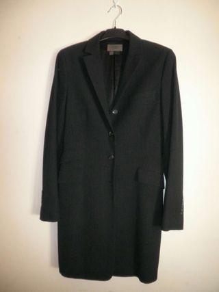 Traje chaqueta blasier de Zara.
