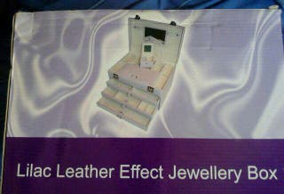BRAND NEW BOXED LARGE LILAC LEATHER EFFECT JEWELLERY BOX