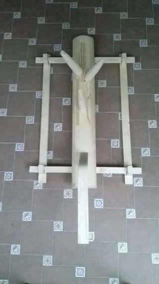 Wooden dummy espacio reducido con marco