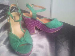 Preciosas sandalias.