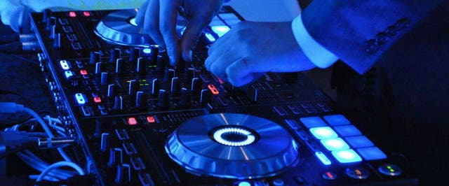 DJ Profesional (sesiones, eventos)